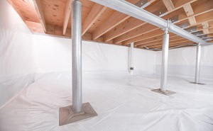 Crawl space structural support jacks installed in Hilger